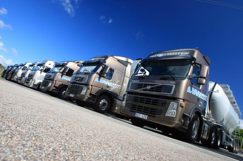 Стекла-для-грузовиков-спб
